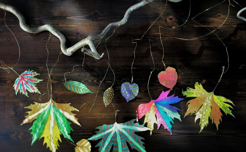 haftanın eğlencesi…son bahar yapraklarından duvarsüsü