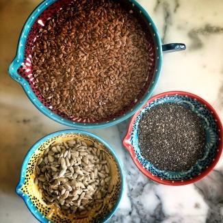 keten tohumu, chia tohumu ve ayçekirdek içi